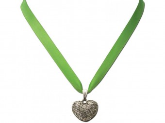 Satin Halskette mit Strassherzerl hellgrün