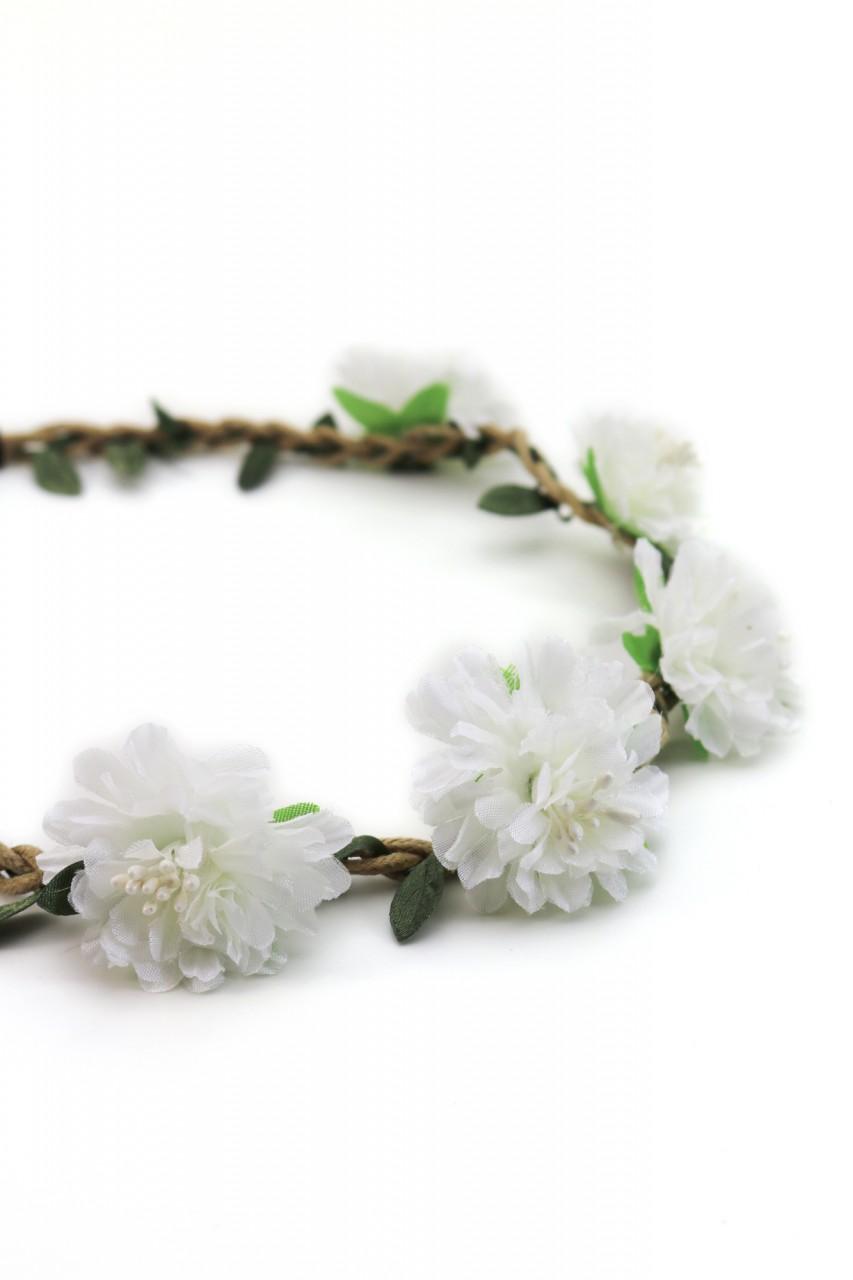 Haarband mit weißen Sommerblüten