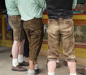 Herren Lederhosen für die Wiesn