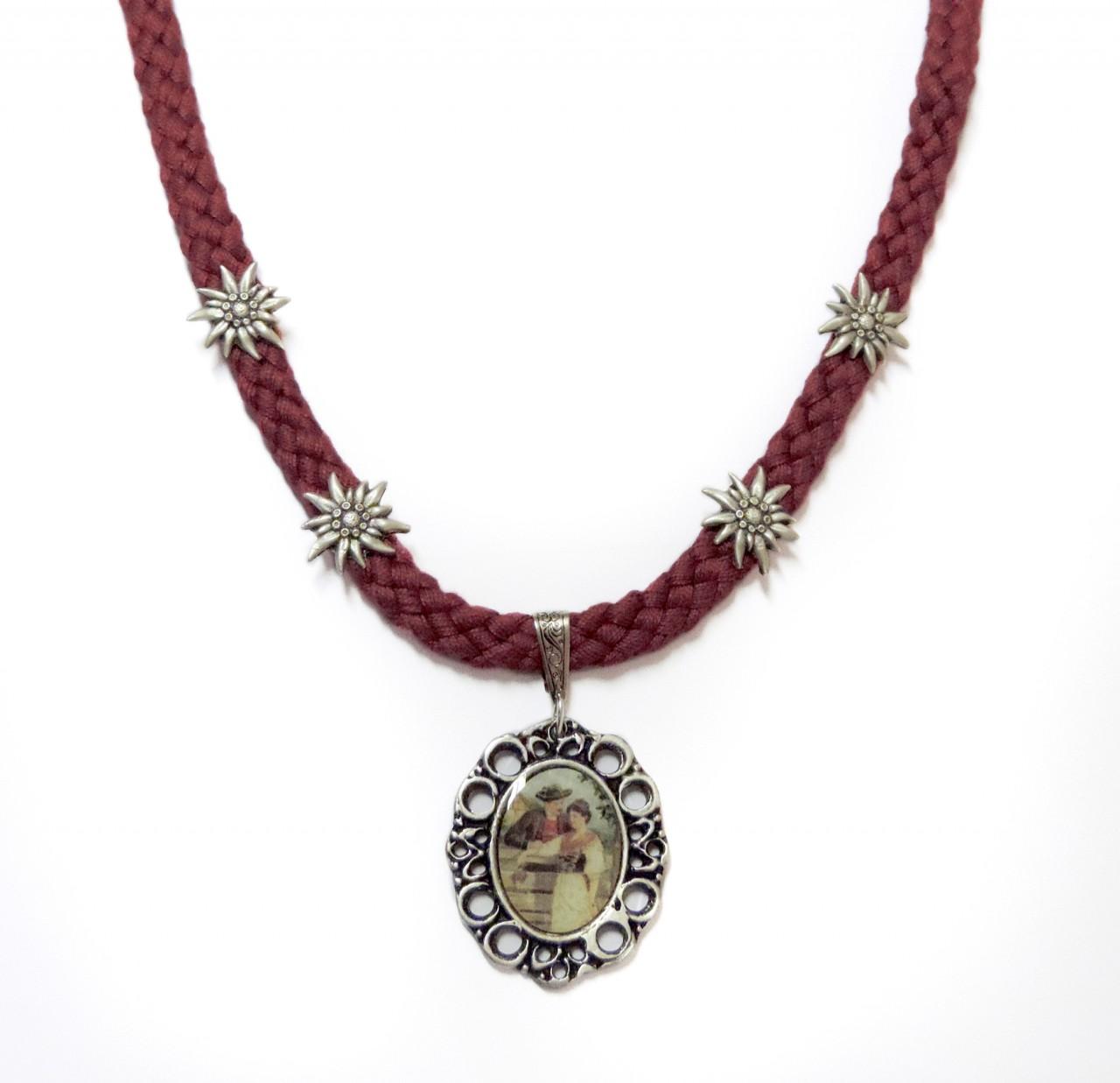 Dirndl Kette mit Amulett in Rot