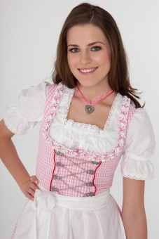 3-piece balconette-style dirndl in pink gingham