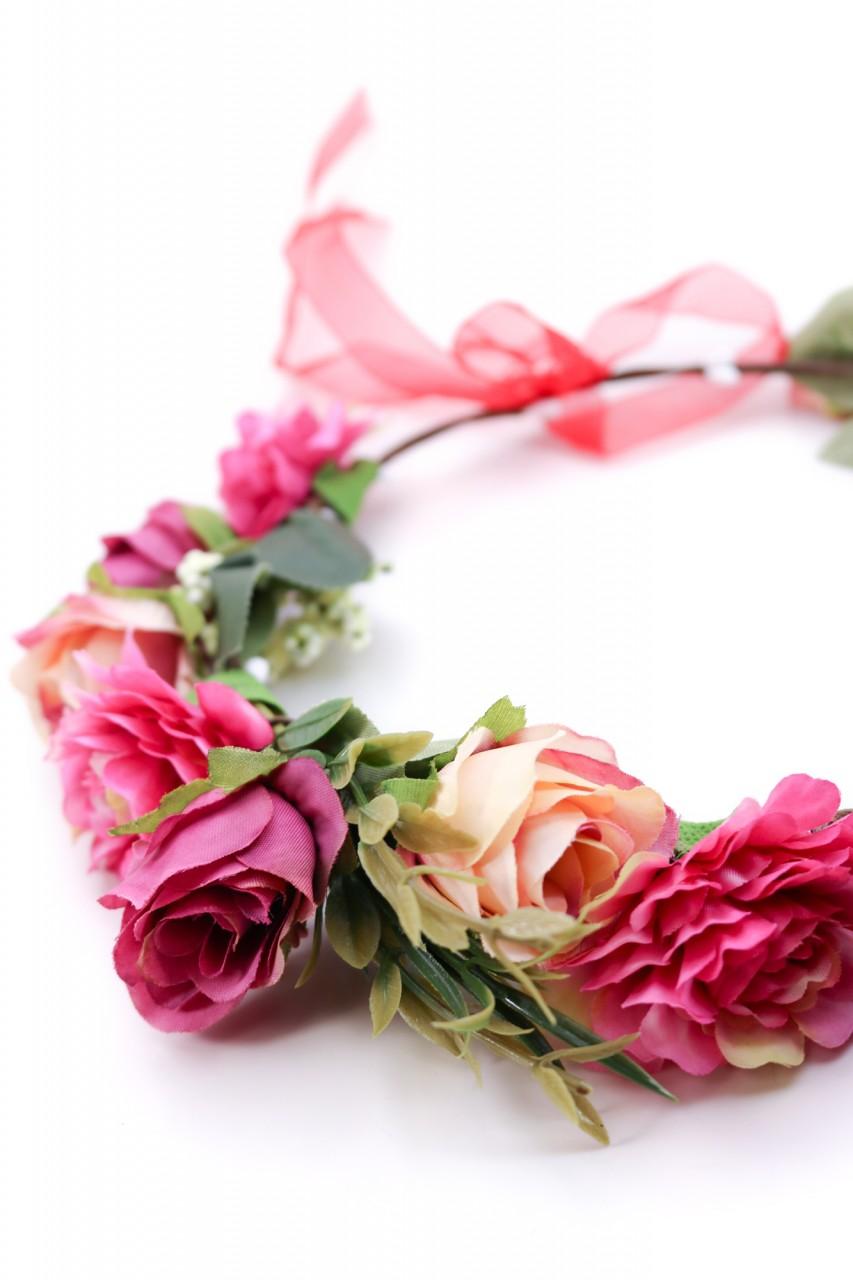 Haarkranz mit pinken Blüten