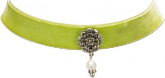 Trachten Choker with Ornamental Pendant, Light Green