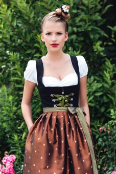 Larissa dirndl – copper/black midi dirndl featuring a copper-coloured apron