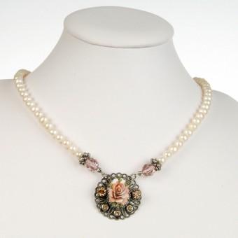 Perlenkette Rose rosa