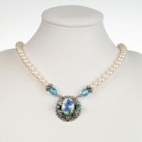 Perlenkette blaues Blümchen