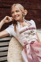 Preview: Dirndl Catherine