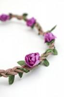 Vorschau: filigranes Haarband mit kleinen lila Blüten