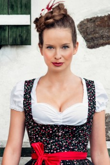 Evelyn black mini dirndl