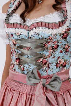 Dirndl Floating Roses