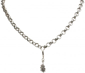 Trachten Oak Leaf Pendant, Antique Silver